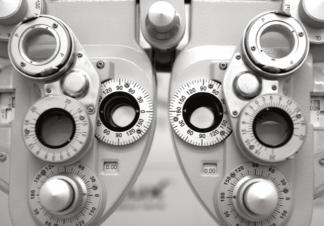 Choosing an Eye Care Center: What to Look For